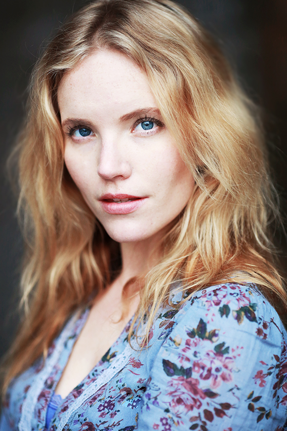 Headshot: Tamzin Merchant @ Curtis Brown