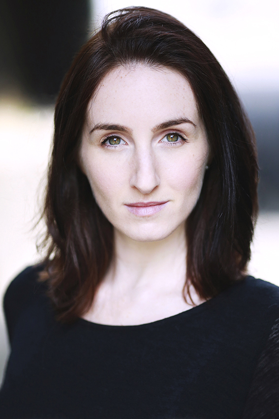 Headshot: Laura Costello @ Oxford School of Drama